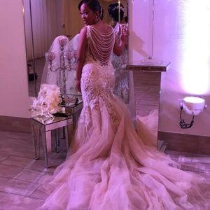 Wedding Dress Allure C388